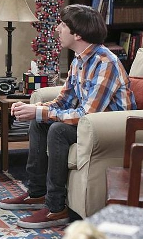 Simon Helberg with Marco Vicci Slip-On Sneaker in The Big Bang Theory