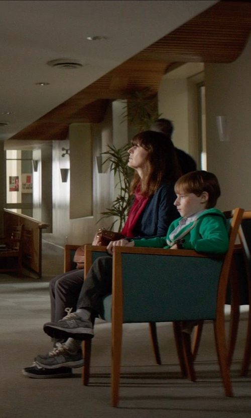 Rosemarie DeWitt with Maison Scotch Belted Chino Pants in Poltergeist
