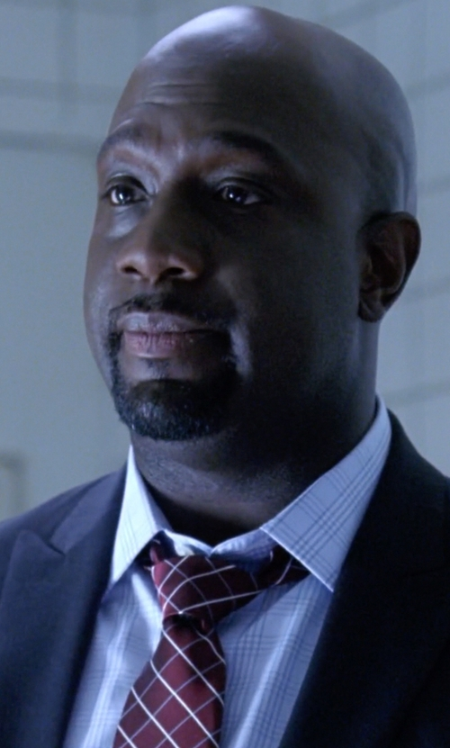 Richard T. Jones with Brooks Brothers Double Windowpane Tie in American Horror Story
