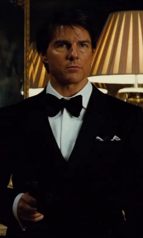 """Tom Cruise with Db Lab Design """"46 Collection"""" Resin Bow Tie in Mission: Impossible - Rogue Nation"""