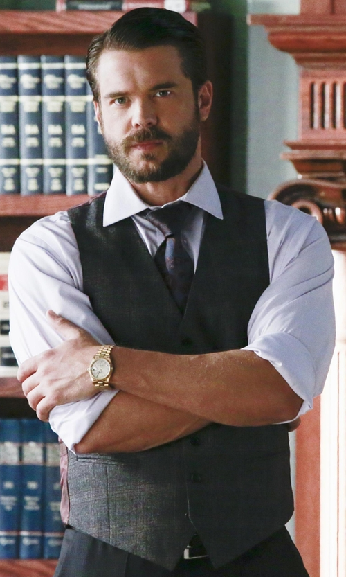 Charlie Weber with John Varvatos Hampton Super Wool Vest in How To Get Away With Murder