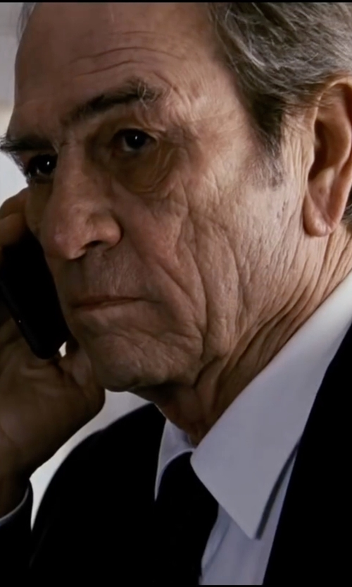 Tommy Lee Jones with Anto Beverly Hills Bib Front White Formal Shirt in Jason Bourne