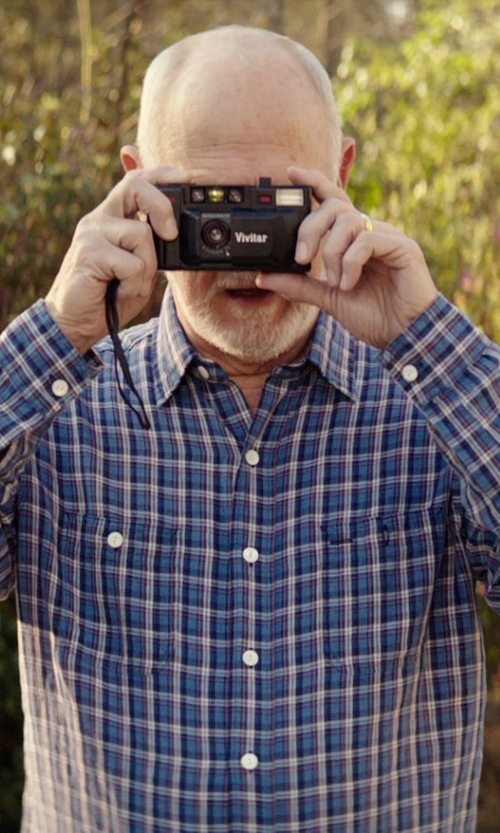 Gerald McRaney with Vivitar PS:35 Point N' Shoot Camera in The Best of Me