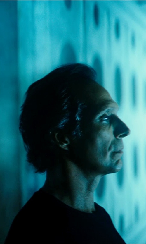 William Fichtner with Rag & Bone Basic T-Shirt in Teenage Mutant Ninja Turtles (2014)