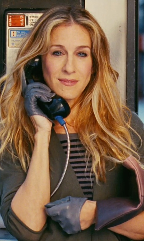 Sarah Jessica Parker with Patricia Field 5-Finger Half Gloves in Sex and the City