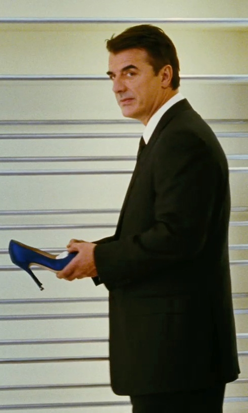 Sarah Jessica Parker with Manolo Blahnik Hangisi Jeweled Pumps in Sex and the City