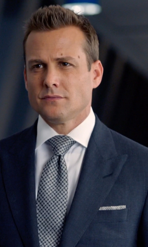 Gabriel Macht with Barneys New York Houndstooth-Print Silk Pocket Square in Suits