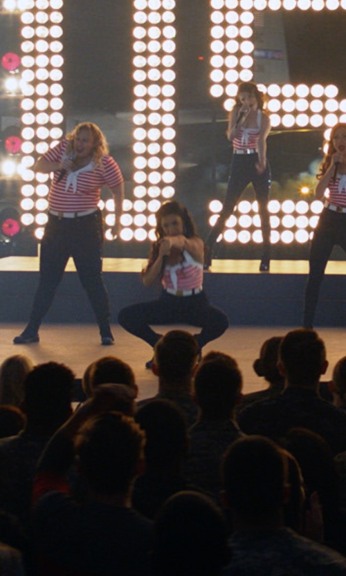 Chrissie Fit with Missguided (Modified) Vice High Waisted Skinny Jeans in Pitch Perfect 3