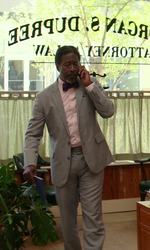 Clarke Peters with DKNY Solid Bow Tie in The Best of Me