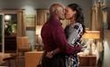 Rosewood - Season 1 Episode 19 - Sudden Death & Shades Deep