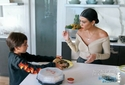 Keeping Up With The Kardashians - Season 14 Episode 6 - Fan-Friction