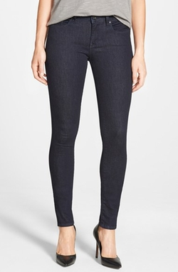 'Alexa' Stretch Skinny Jeans by Mavi Jeans in The Big Bang Theory