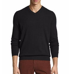 Cashmere Long-Sleeve V-Neck Sweater by Vince in Kingsman: The Golden Circle