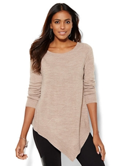 Asymmetrical Tunic Sweater by New York & Company in Arrow