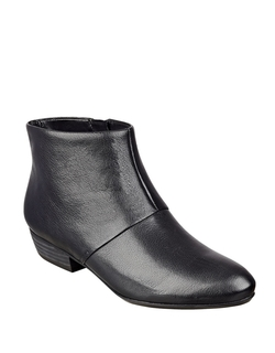 Ezout Leather Booties by Nine West in Brooklyn Nine-Nine