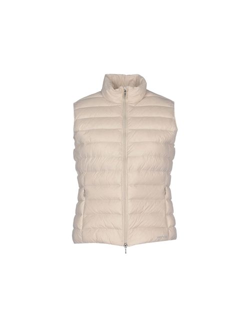 Puffer Vest by Geox in Quantico - Season 1 Episode 11