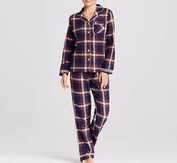 Flannel North Collar Pajama Set by Gilligan & O'Malley in New Girl