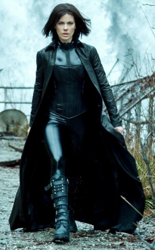 "Custom Made ""Selene"" Leather Coat by Wendy Partridge (Costume Designer) in Underworld"