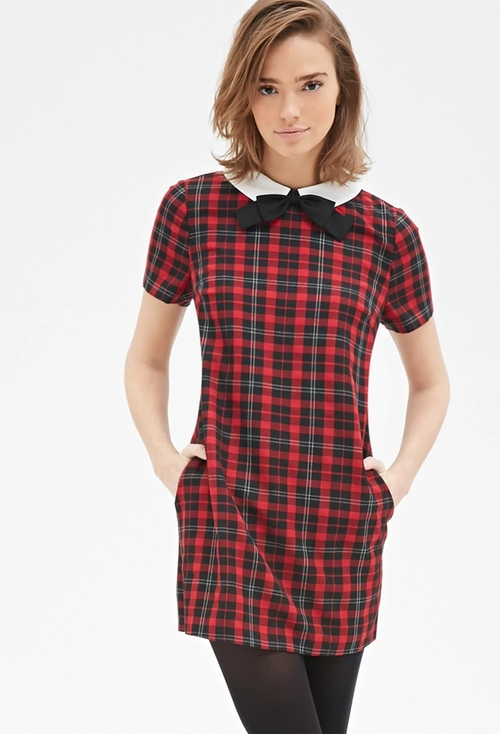 Contrast Collar Plaid Shift Dress by Forever 21 in Scream Queens - Season 1 Episode 7