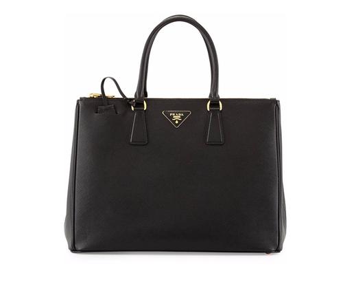 Saffiano Medium Executive Tote Bag by Prada in Scandal - Season 5 Episode 19
