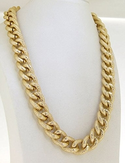 Chunky Curb Link Chain Necklace by Etosell in Jem and the Holograms