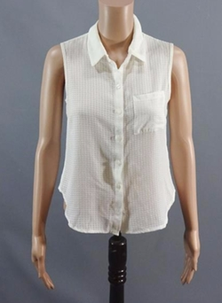Sleeveless Button Front Shirt by New Look in Me Before You