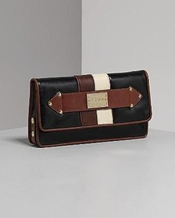 Women's Darjeeling Leather Orissa Clutch Bag by L.A.M.B. in Gossip Girl