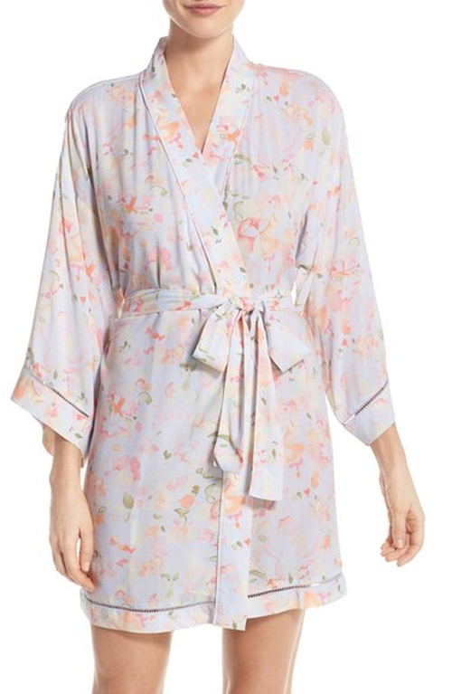 Sweet Dreams Print Robe by Nordstrom Lingerie in New Girl - Season 5 Episode 21