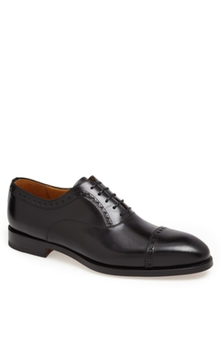 'Luca' Cap Toe Oxford Shoes by Magnanni in Mission: Impossible - Ghost Protocol