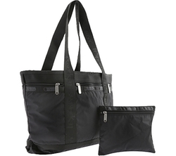 Medium Travel Tote Bag by Lesportsac in Pitch Perfect 2