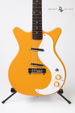 '59 Mod Spruce Electric Guitar by Danelectro in Ricki and the Flash