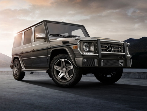 G-Class SUV by Mercedes Benz in Keeping Up With The Kardashians - Season 12 Episode 11