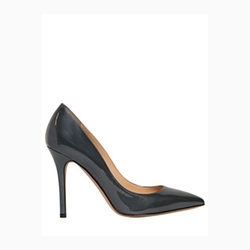 Glossy Patent Leather Pumps by Semilla in Suits