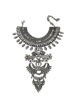 Crosby Necklace by Dylanlex in Keeping Up With The Kardashians