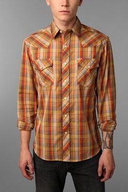 Salt Valley Chuckles Plaid Western Shirt by Urban Outfitters in The Big Bang Theory