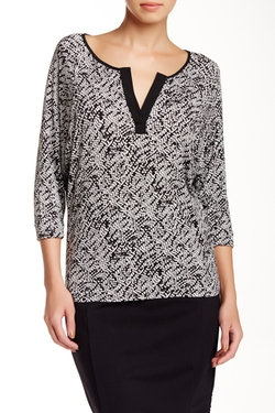 Dolman Sleeve Blouse by Ellen Tracy in The Big Bang Theory