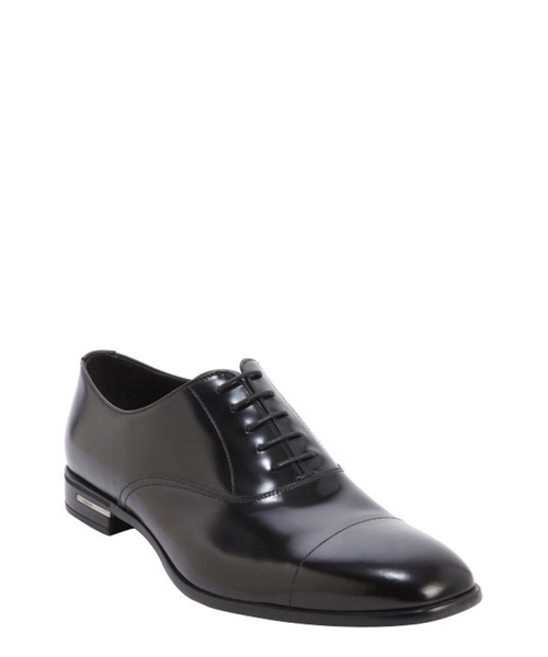 Glazed Leather Square Toe Oxfords by Prada in Suits - Season 5 Episode 5
