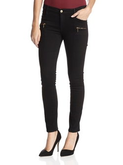 Colored Skinny Jeans by Frame Denim in Modern Family