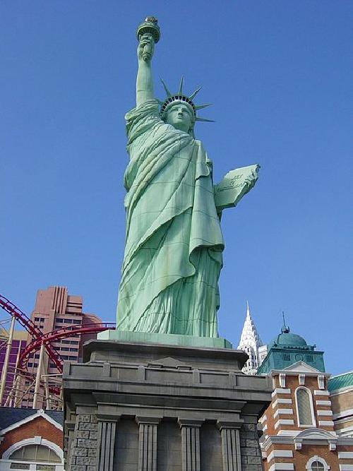 Replica of the Statue of Liberty Las Vegas, Nevada in Godzilla