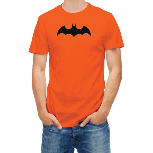 Batman T-Shirt by Bats in The Big Bang Theory - Season 9 Episode 22