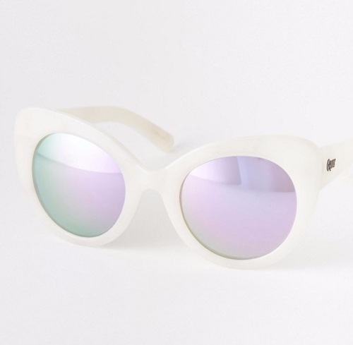 Screaming Sunglasses by Quay Australia in Scream Queens - Season 2 Episode 3