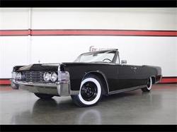 1965 Continental Convertible by Lincoln in Entourage