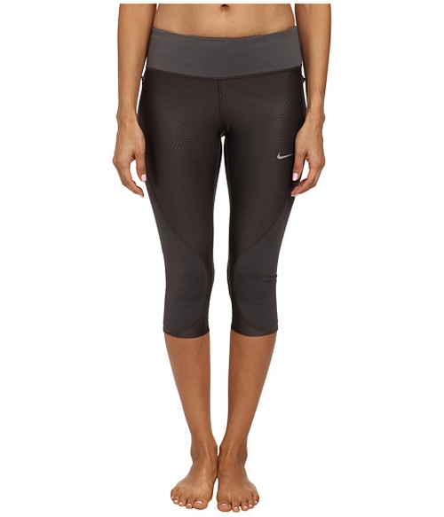 Trail Capri Leggings by Nike in Knock Knock