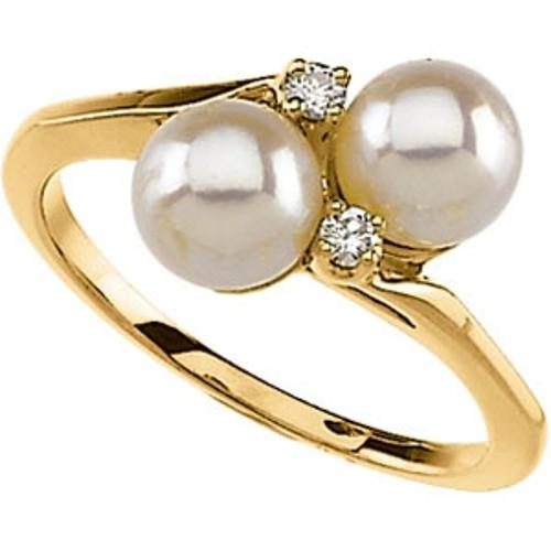 Pearl and Diamond Ring by LNT in The Hundred-Foot Journey