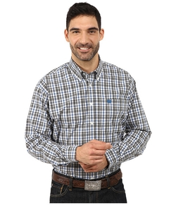 Plain Weave Plaid Shirt by Cinch in Modern Family