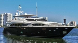 Take 5 Deep Vee Yacht by Sunseeker in The Transporter: Refueled