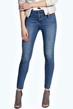 Lilly Super Stretch Button Reform Jeggings by Boohoo in McFarland, USA