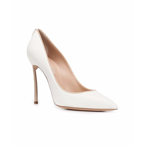Pointed Toe Pumps by Casadei in Empire - Season 2 Episode 17