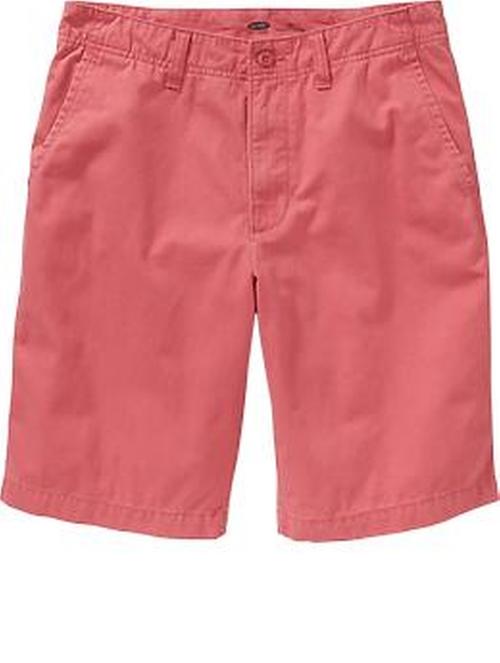 Ben Platt Old-Navy Broken-In Khaki Shorts from Pitch Perfect 2 ...