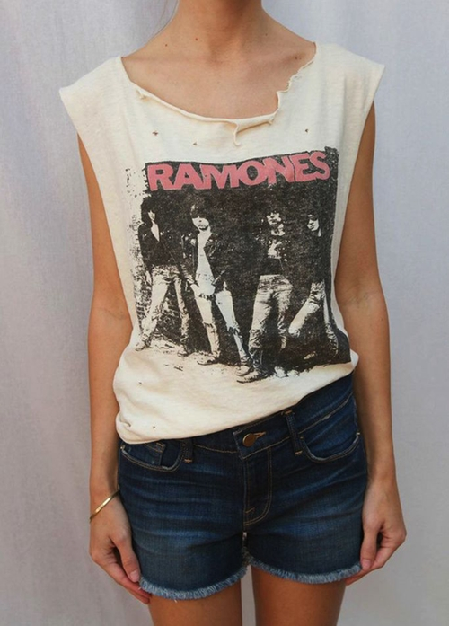 Ramones Muscle T-Shirt by Madeworn in Keeping Up With The Kardashians - Season 11 Episode 4